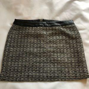 Gap Mini Skirt Size 2